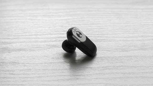 למה כל בעל עסק חייב אוזניות אלחוטיות?
